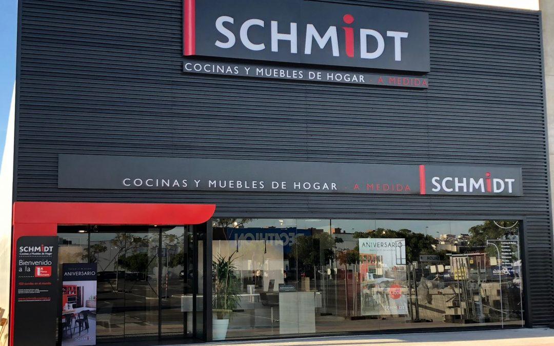 Alfafar Parc suma nueva oferta comercial con la apertura de Cocinas Schmidt